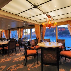 Terrace Cafe - Riviera, Oceania Cruises
