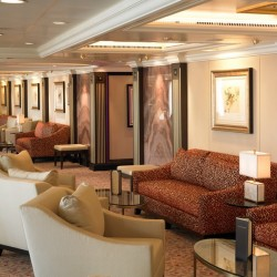 Grand Bar - Riviera, Oceania Cruises