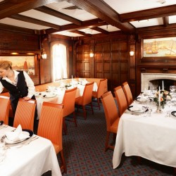 Sea Cloud, Restaurant
